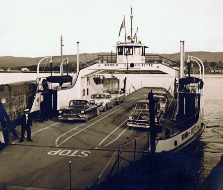Romeo & Juliette Ferry