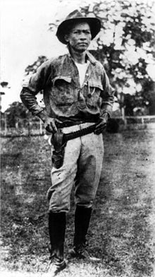 Augusto Sandino and his trademark wide-brimmed hat. [image courtesy of Wikipedia]